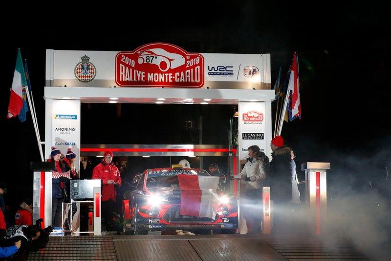 Андреас Міккельсен, Андерс Егер, Hyundai Motorsport Hyundai i20 Coupe WRC