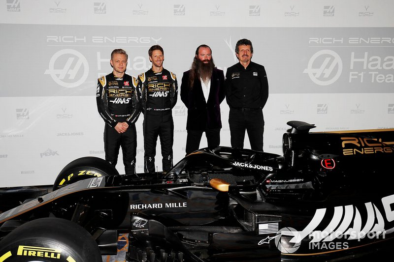 Kevin Magnussen, Haas F1 Team, Romain Grosjean, Haas F1 Team, William Storey CEO de Rich Energy y Guenther Steiner, Team Principal, Haas F1