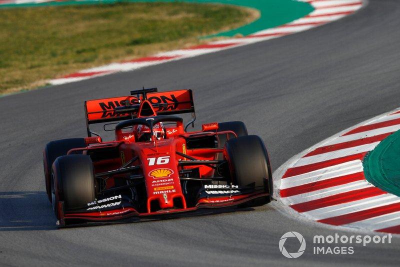 Charles Leclerc, com a Ferrari SF90, fez o tempo mais rápido da pré-temporada nesta quinta-feira