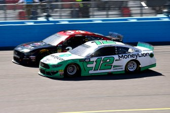 Ryan Blaney, Team Penske, Ford Mustang MoneyLion, Michael McDowell, Front Row Motorsports, Ford Mustang Dockside Logistics