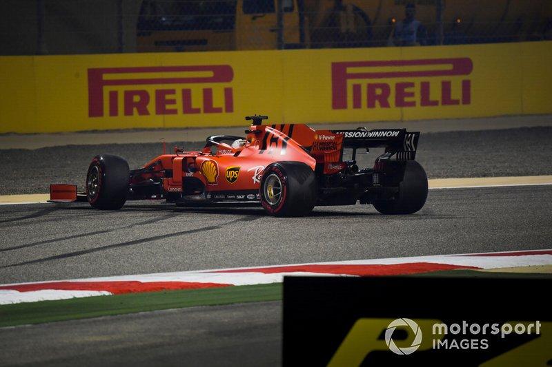 Sebastian Vettel, Ferrari SF90, in testacoda