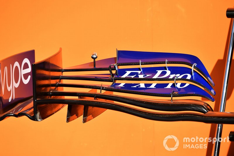 McLaren MCL34, első szárny