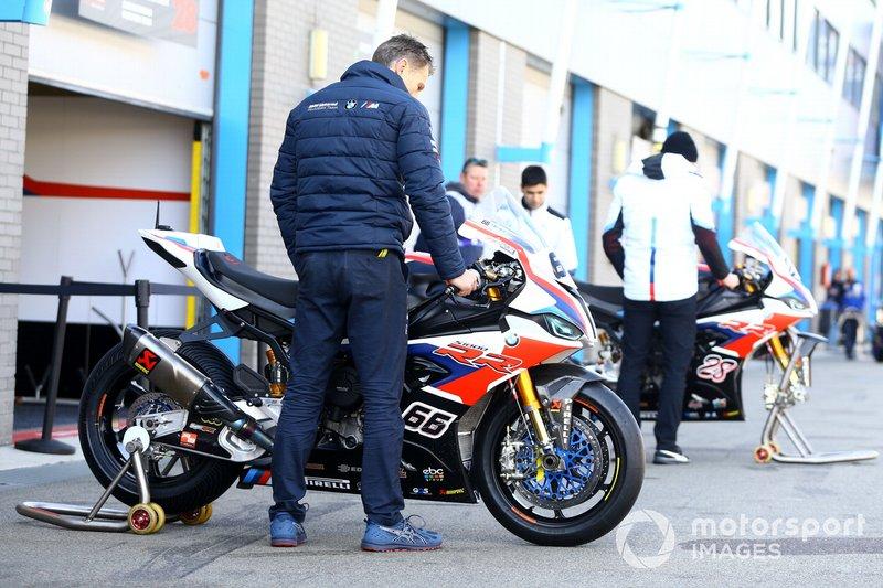 Le moto di Tom Sykes, BMW Motorrad WorldSBK Team, Markus Reiterberger, BMW Motorrad WorldSBK Team