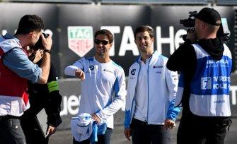 Antonio Felix da Costa, BMW I Andretti Motorsports, Alexander Sims, BMW I Andretti Motorsports, durante la track walk