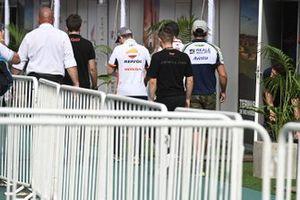 Хорхе Лоренсо, Repsol Honda Team, и Карел Абрагам, Reale Avintia Racing