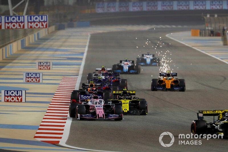 Nico Hulkenberg, Renault R.S. 19, di lap pembuka