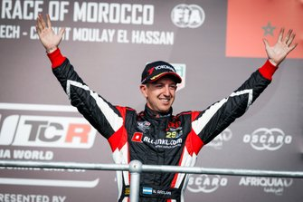 Podium: third place Néstor Girolami, ALL-INKL.COM Münnich Motorsport Honda Civic Type R TCR