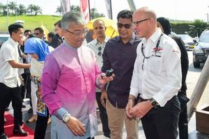 The King of Malaysia with Benjamin Franassovici, Championship General Manager