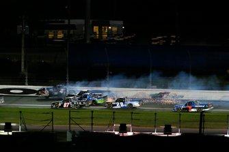 Todd Gilliland, Kyle Busch Motorsports, Toyota Tundra JBL and Harrison Burton, Kyle Busch Motorsports, Toyota Tundra Safelite AutoGlass crash