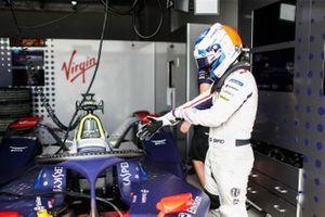 Sam Bird prepares to get into his Envision Virgin Racing Audi e-tron FE05