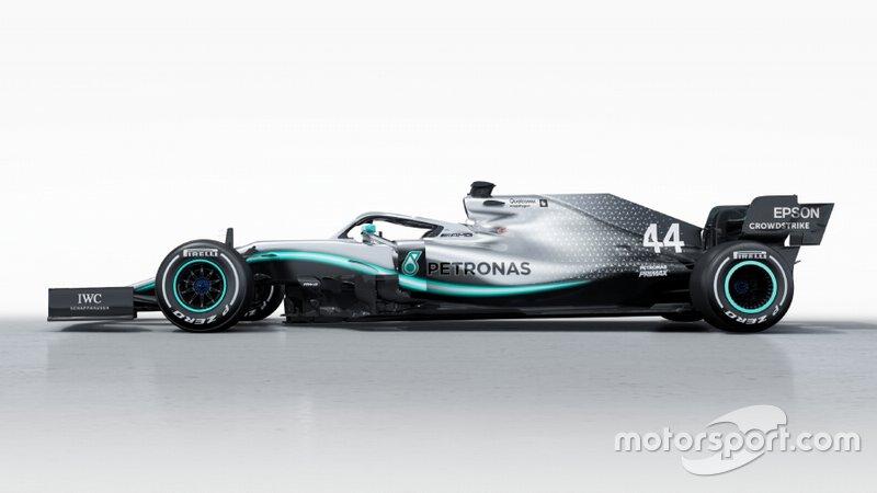 Mercedes AMG F1 W10 for comparison