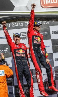Podium: winnaars Sébastien Ogier, Julien Ingrassia, Citroën World Rally Team Citroen C3 WRC