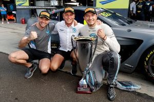 Pole position for #62 R-Motorsport Aston Martin Vantage GT3: Jake Dennis, Matthieu Vaxiviere, Marvin Kirchhöfer