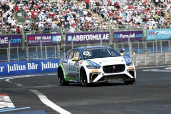Cacá Bueno, Jaguar Brazil Racing