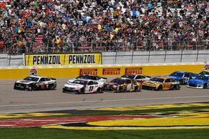 Start zum Pennzoil 400 in Las Vegas: Kevin Harvick, Stewart-Haas Racing, Ford Mustang, führt