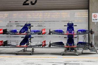 Toro Rosso STR14 front wing deatil