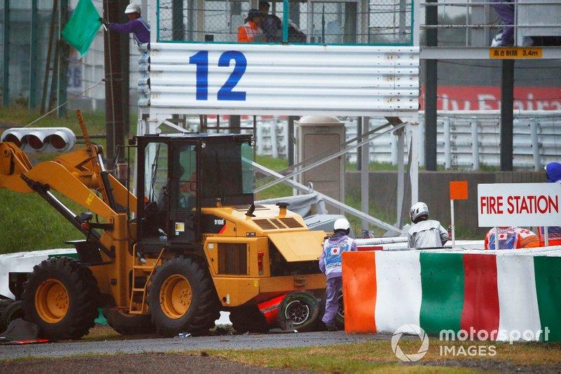 Jules Bianchi, Marussia MR03 Ferrari, kaza yapıyor
