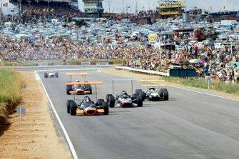 Jackie Oliver, Owen Racing Organisation, Pedro Rodriguez, Reg Parnell Racing, Jacky Ickx, Brabham