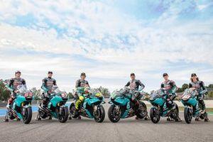 Gruppenfoto: Petronas-Piloten 2021 in MotoGP, Moto2 und Moto3