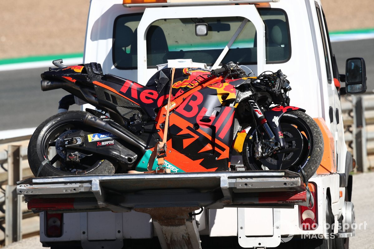 La moto accidentada de Brad Binder, Red Bull KTM Factory Racing