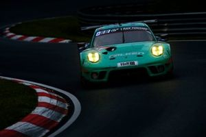 #44 Falken Motorsports Porsche 911 GT3 R: Klaus Bachler, Martin Ragginger, Sven Müller, Alessio Picariello