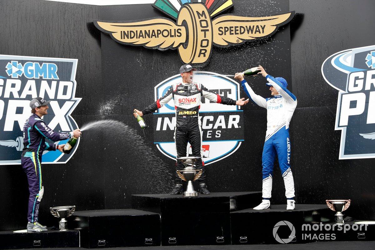 Podio: ganador Rinus VeeKay, Ed Carpenter Racing Chevrolet, segundo Romain Grosjean, Dale Coyne Racing with RWR Honda, y tercero Alex Palou, Chip Ganassi Racing Honda