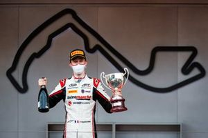 Podium: Race winner Theo Pourchaire, ART Grand Prix