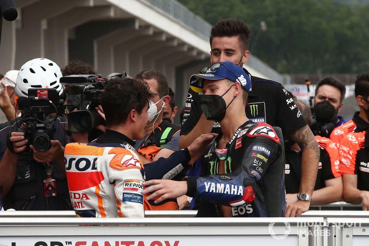 Ganador Marc Márquez, Repsol Honda Team, tercer lugar Fabio Quartararo, Yamaha Factory Racing