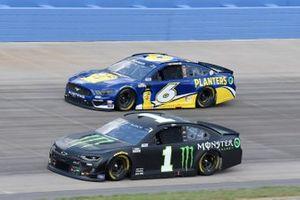 Kurt Busch, Chip Ganassi Racing, Chevrolet Camaro Monster Energy, Ryan Newman, Roush Fenway Racing, Ford Mustang Planters