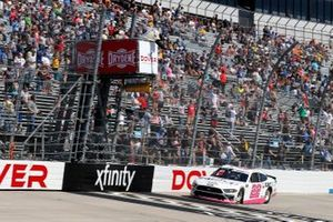 Austin Cindric, Team Penske, Ford Mustang Car Shop drives under the checkered flag to win