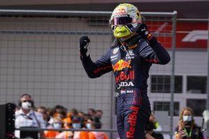 Race winner Max Verstappen, Red Bull Racing