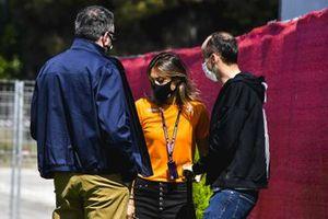 Mara Sangiorgio, periodista y Robert Kubica, reserva de Alfa Romeo Racing