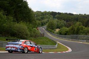#830 Hyundai Motorsport N TCR Hyundai Elantra N: Marc Basseng, Manuel Lauck, Moritz Oestreich