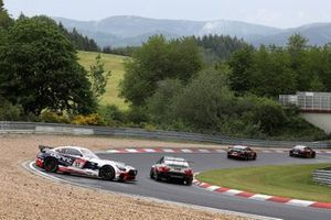 Dreher: #37 Schnitzelalm Racing Mercedes-AMG GT4: Jörg Viebahn, Peter Posavac, Andreas Weiland, Guido Wirtz
