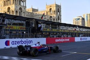 Bent Viscaal, Trident, passes the chequered flag