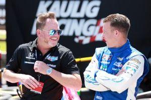 El propietario del equipo de IndyCar Michael Shank y A.J. Allmendinger, Kaulig Racing, Chevrolet Camaro