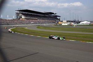 Renn-Action beim German 500 der CART-Saison 2003 auf dem EuroSpeedway Lausitz