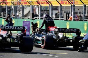 Lewis Hamilton, Mercedes, dopo aver ottenuto la pole