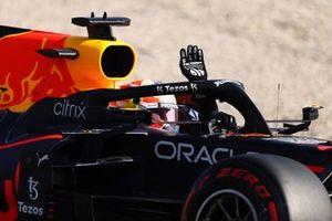 Ganador de la pole Max Verstappen, Red Bull Racing RB16B