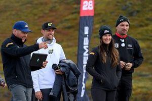 Jenson Button, JBXE Extreme-E Team, and Sara Price, Segi TV Chip Ganassi Racing