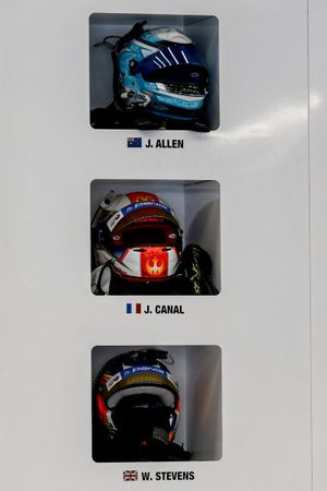 Cascos de #65 Panis Racing Oreca 07 - Gibson LMP2, Julien Canal, William Stevens, James Allen