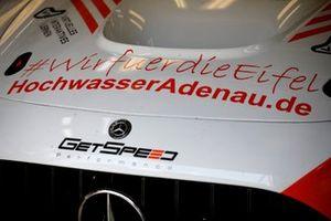 Flood Aid on the car of Arjun Maini, GetSpeed Performance Mercedes AMG GT3