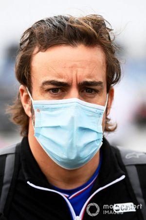 Fernando Alonso, Alpine F1 arrives at the track