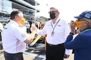 Zak Brown, CEO, McLaren Racing, Ross Brawn, Managing Director of Motorsports, and Emerson Fittipaldi on the grid