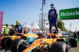 Даниэль Риккардо, McLaren, победитель гонки, Ландо Норрис, McLaren, второе место, после финиша