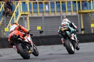 Chaz Davies, Team GoEleven, Axel Bassani, Motocorsa Racing