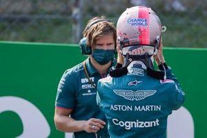 Sebastian Vettel, Aston Martin, sur la grille