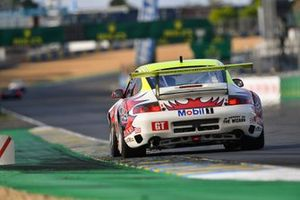 #30 Porsche 996 GT3-R: Lee Maxted-Page