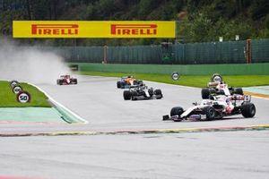Mick Schumacher, Haas VF-21, Nikita Mazepin, Haas VF-21, Sebastian Vettel, Aston Martin AMR21, Daniel Ricciardo, McLaren MCL35M