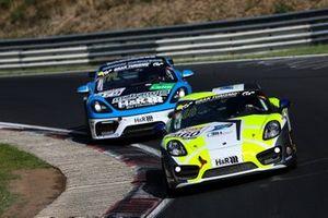 #460 Porsche Cayman: Urs Zünd, Markus Zünd, Viktor Schyrba, Benedikt Frei
